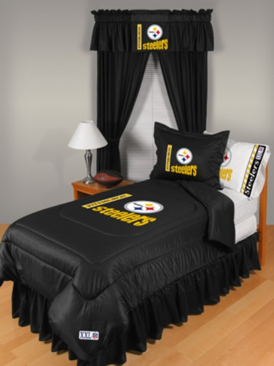Good For the NFL season most people in our area root for the Titans but my husband is a huge Pittsburgh Steelers fan so I know he ud love the set above