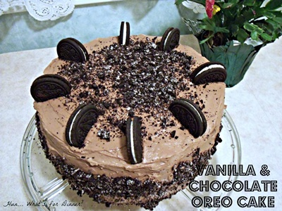Vanilla and Chocolate Oreo Cake