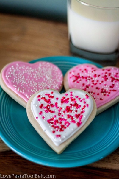 Royal Icing Valentine Cookies