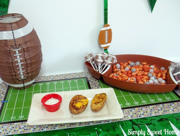TGIF Football Party Table